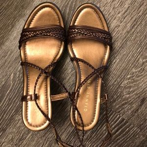 Gianni Bingo wedge sandals size 7